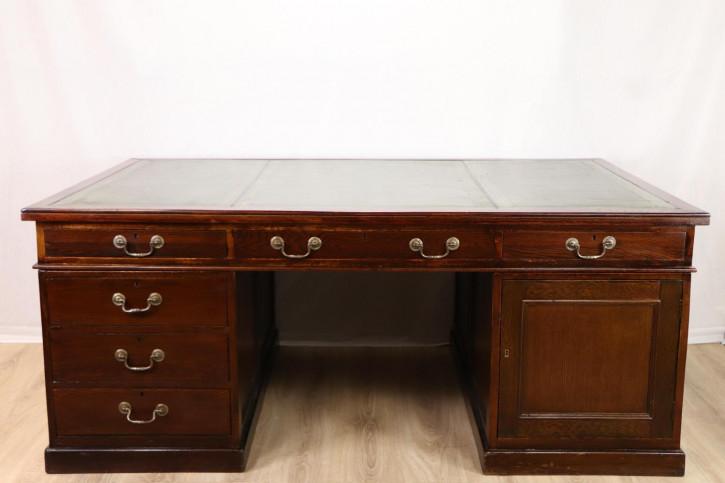 Großer Partners Desk / Pedestal Desk für 2 Personen