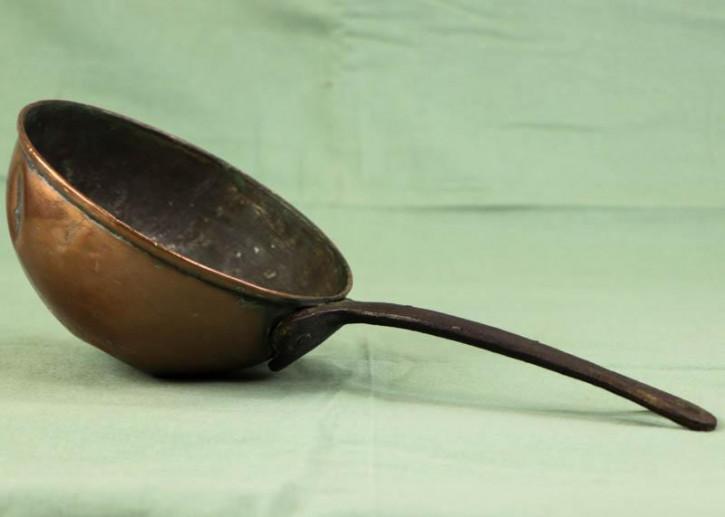 Antike Suppenkelle aus Frankreich