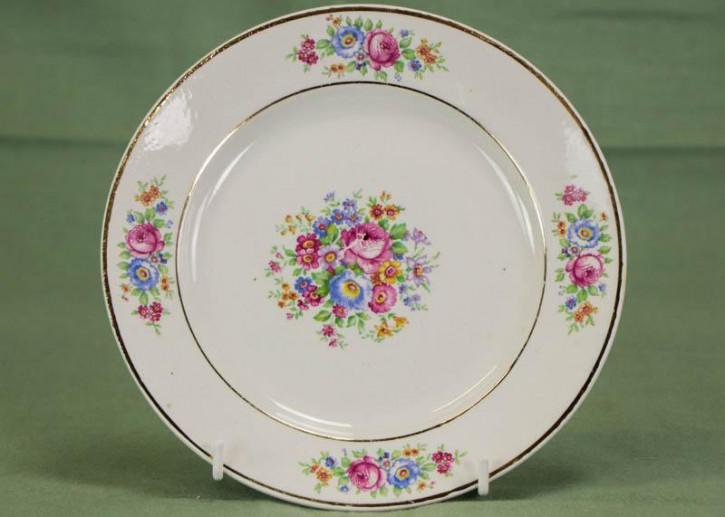 Französischer Porzellan Teller mit Blumenmotiv