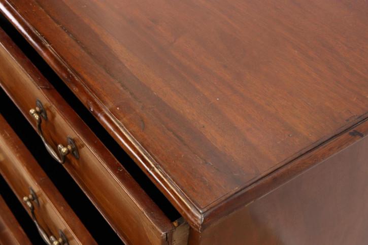 Schicke klassische Kommode mit 5 Schubladen  Edwardian  1890
