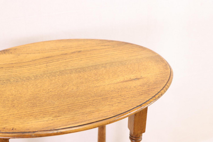 Schöner rustikaler Beistelltisch - Gateleg Tisch
