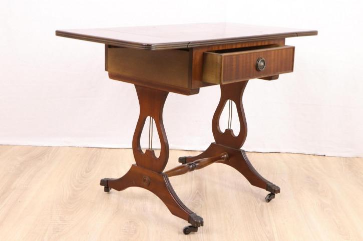 Kleiner Pembroke Table mit Intarsien
