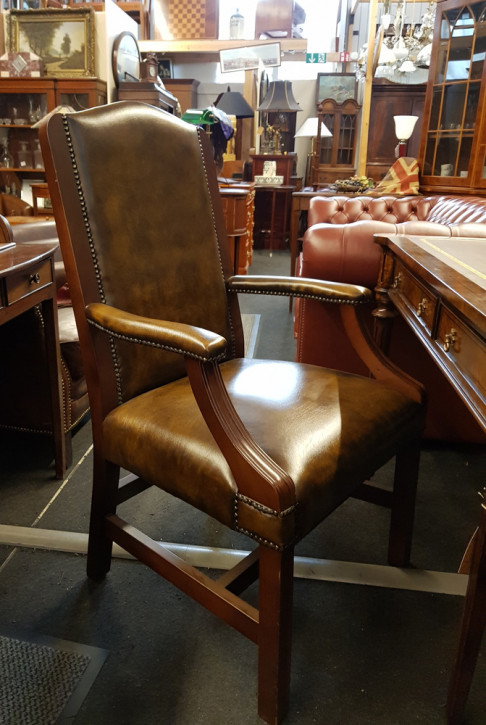 """""""Diane Chair"""" Chesterfield Lederstuhl mit Armlehnen Sofort Lieferbar"""