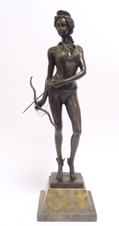 Bronzefigur Diana The Huntress 50,1x15,3x19cm
