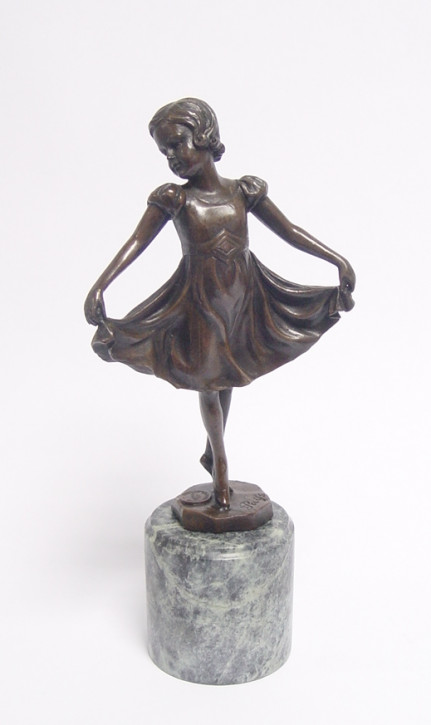 Bronzefigur Lieselotte 27x12cm