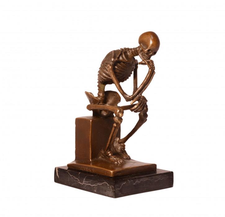 Bronzefigur The Skeleton Thinker 14,5x8,5cm