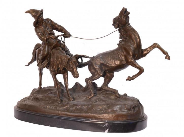 Bronzefigur von Kirgiz Capturing Wild Pferd 41,5x57cm