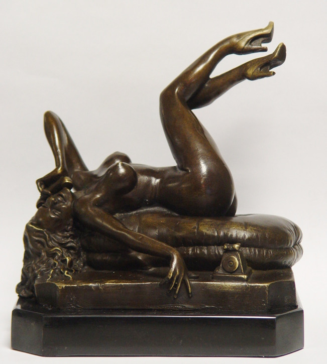 Erotische Bronzefigur Female Nude On The Telephone 23x21,5cm