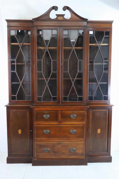 Englischer Breakfront Bookcase Schrank im Regency Stil
