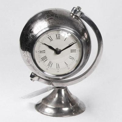 Uhr auf Standfuß 23cm