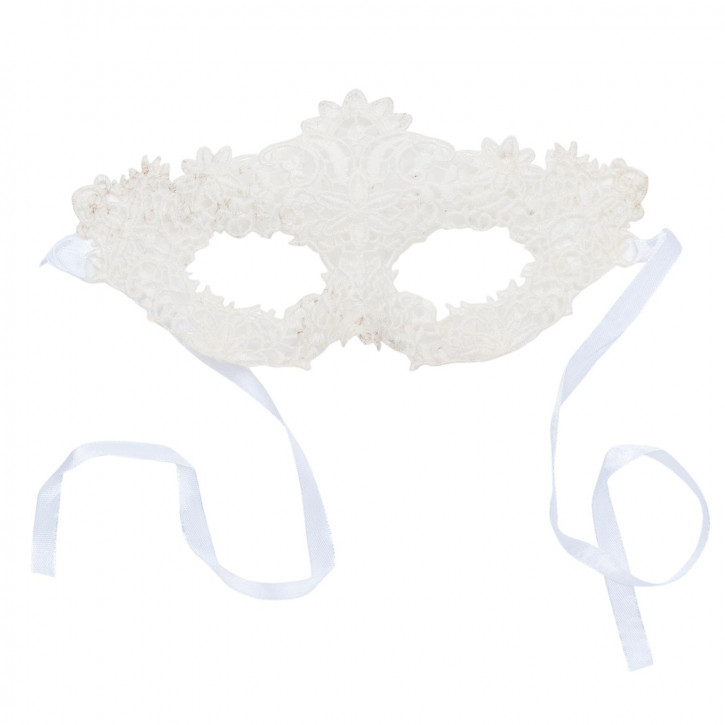 Mask of lace