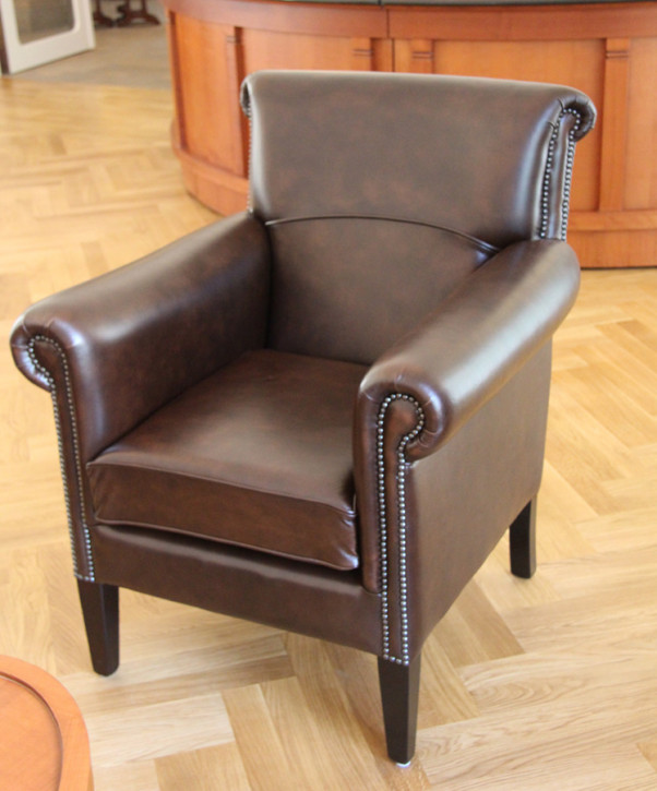 """Preston Club Plain Chair"" Chesterfield Ledersessel"