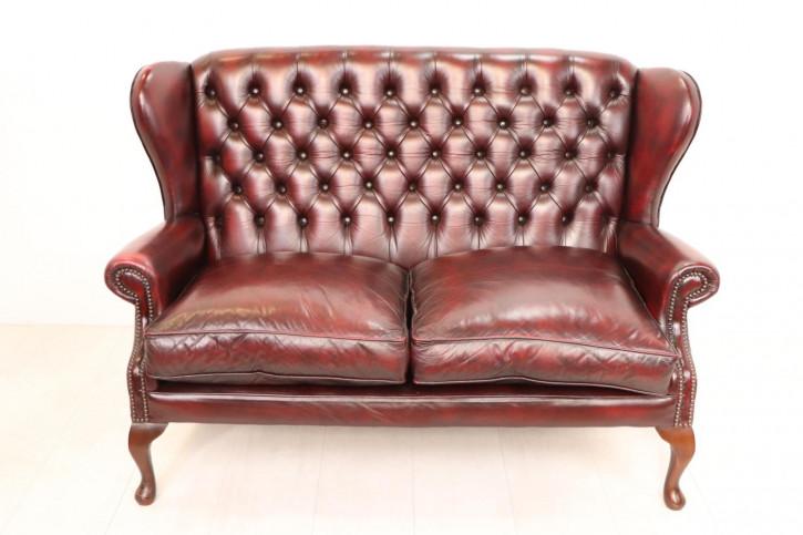 Chesterfield Wing Sofa im Queen Anne Stil, Zweisitzer, rotes Leder
