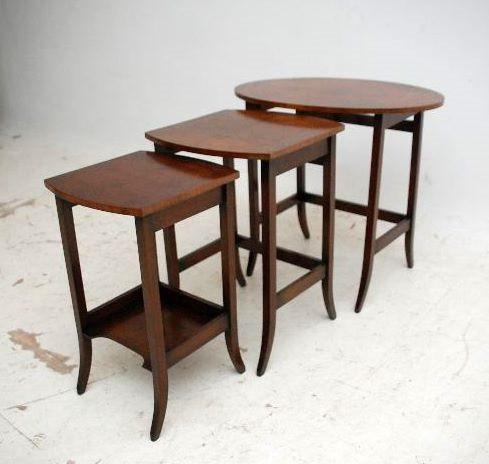 Antikes Nussbaum Nest of Tables Edwardian Stil