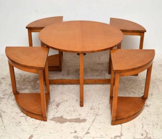 Art Deco Nest of tables Couchtische aus Bergahorn