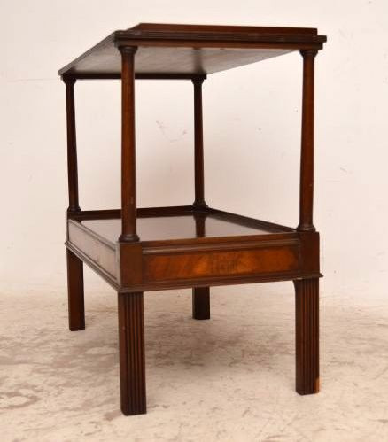 Antiker Beistelltisch  Two Tier Mahogany Side Table