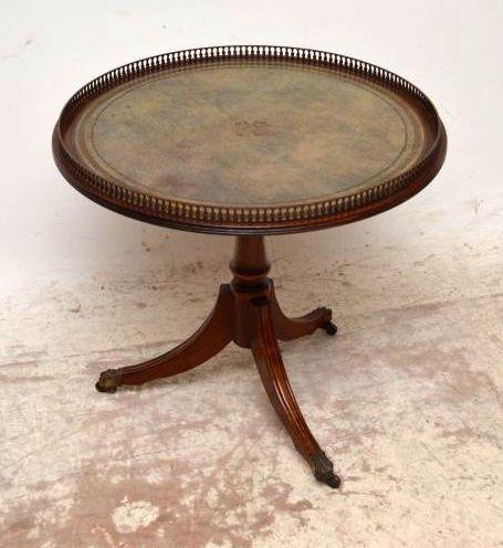 Antiker Wine Table Beistelltisch