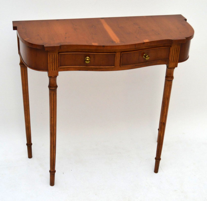 Antiker Konsolen Tisch Eibe