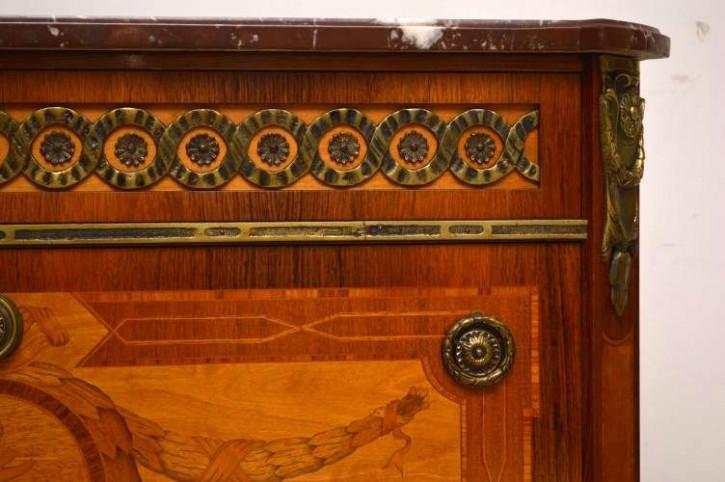 Schwedische antike Kommode 3 Schubladen