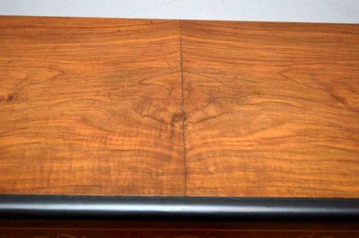 Antike  Victorianische  Inlaid  Nussbaum  Credenza