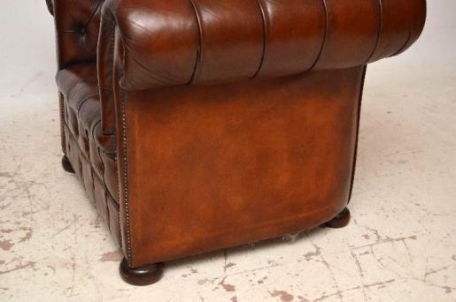 Schönes Paar antiker chesterfield windsor chairs
