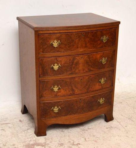 kleine kommode antik. Black Bedroom Furniture Sets. Home Design Ideas