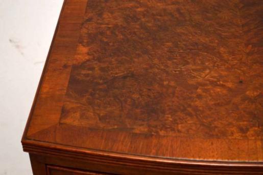 Kleine Antike Kommode  mit 4 schubladen