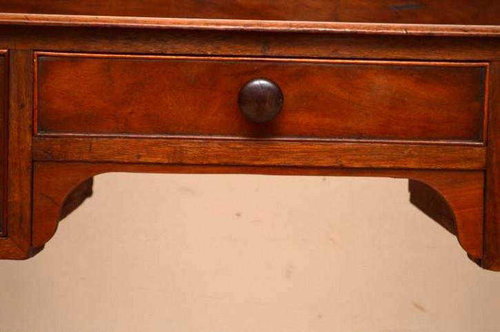 Antiker vielseitiger Schreibtisch aus Mahagoni