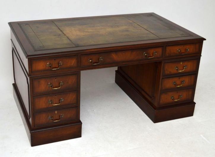 Imposanter antiker Schreibtisch Mahagoni