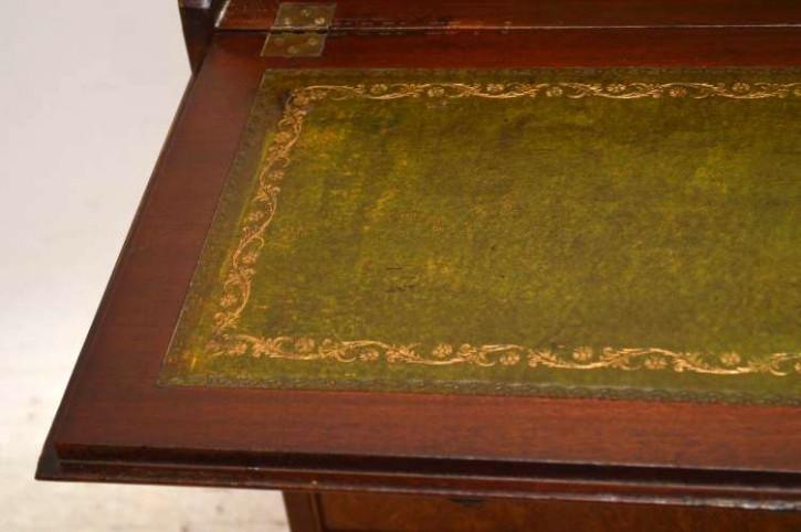 Nussbaum sekretär Bureau  mit grüner schreibplatte