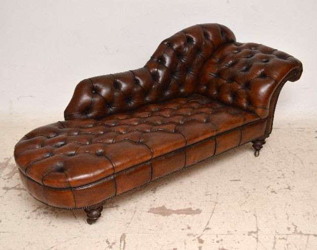 Einzigartige antike Victorian Deep Buttoned Leather Chaise Lounge