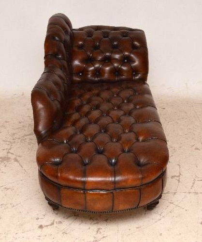 """Victorian Deep Buttoned Leather Chaise Lounge"" antik"