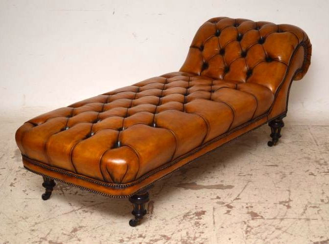 """Victorian Deep Buttoned Leather Day Bed / Chaise"" antik"
