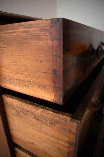 Antique Victorian Mahogany Chest of Drawers   Original