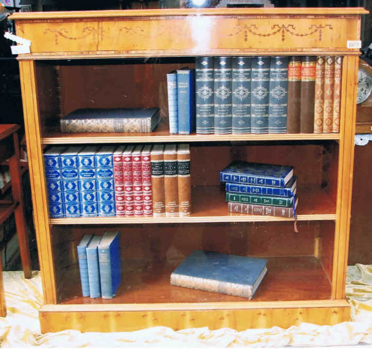 Regal open bookcase Eibe    auch  in Mahagoni