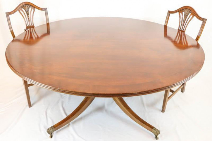 Großer antiker Esstisch / Konferenztisch, rund, bis zu 8 Personen, helles Mahagoni, ca. 19. Jh.