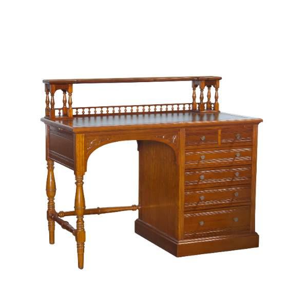 Schreibtisch Genf