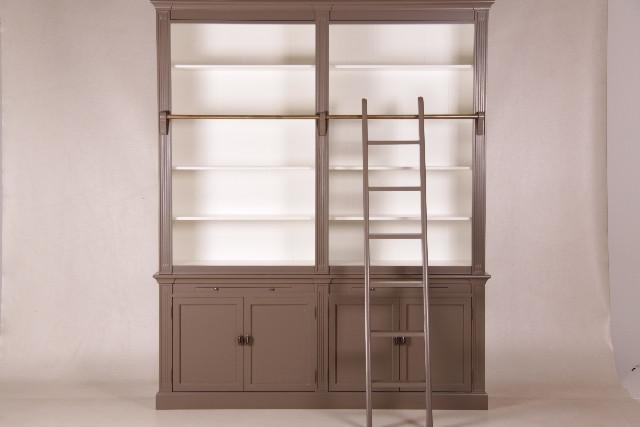 Großer 2-teiliger Bücherschrank mit Leiter (versch. Ausf.)
