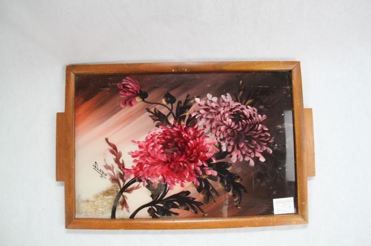 Tablet mit floralem Muster