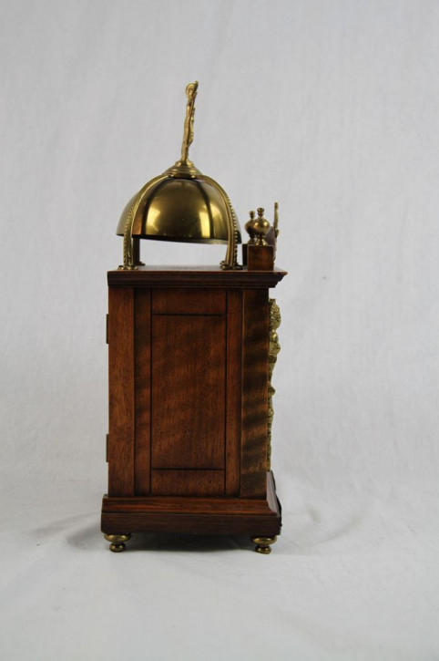 "Alte Kaminuhr ""Golden Ornaments"""