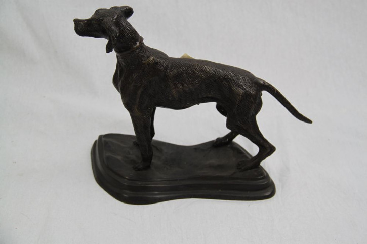 Hund bronze