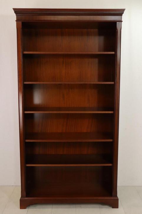 Klassisches englisches Bücherregal mit schönem Giebel, in Mahagoni
