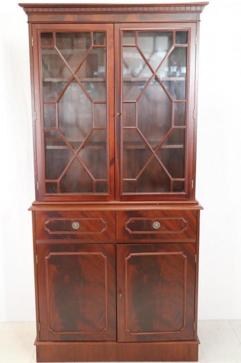 Klassisches Two Door Bookcase im Regency Stil, in Mahagoni