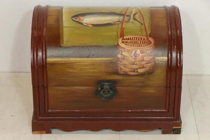 Kleine Vintage Truhe mit Angel-Motiv, handbemalt