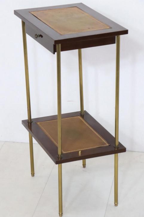 Kleiner Telefontisch mit Bauhaus-Einflüssen