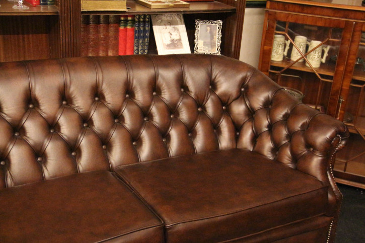 """Lord"" original Chesterfield Clubsofa 2-Sitzer"