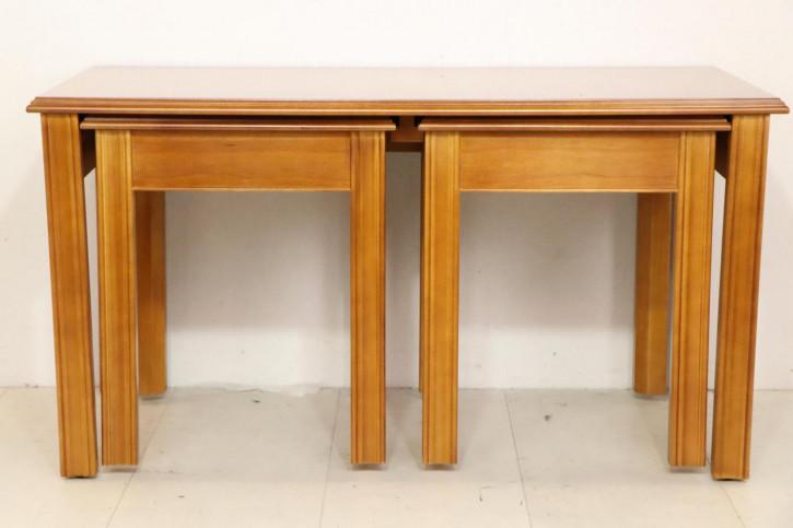 Nest of Tables im klassischen englischen Stil, mit Bandintarsien