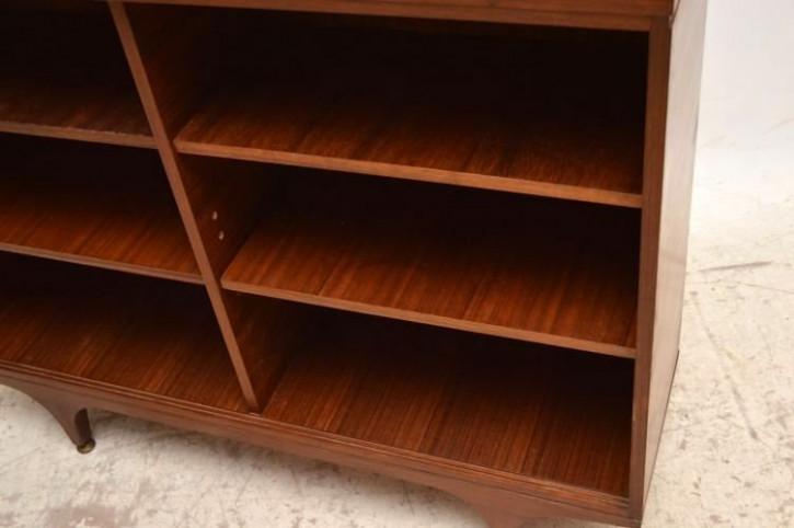 Bücherregal 50iger Jahre Bücherschrank von G-Plan aus Walnuss