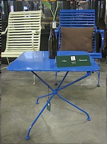 Tisch metall blau