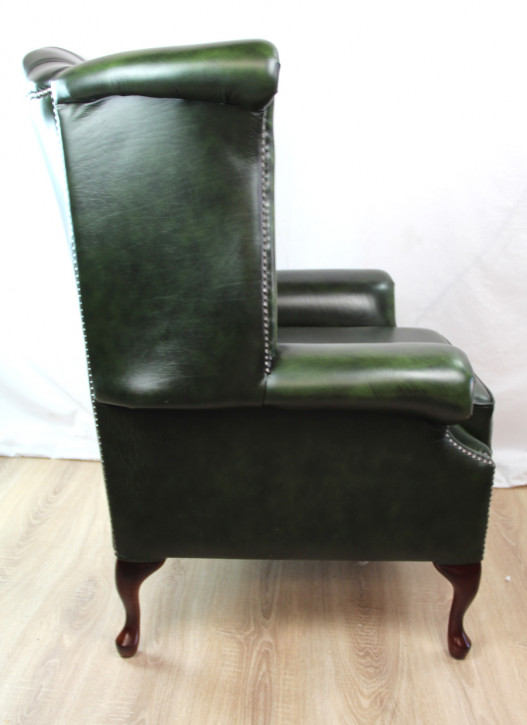 """Wing Chair"" Chesterfield Ohrensessel Sofort Lieferbar in Birch Antique Green"